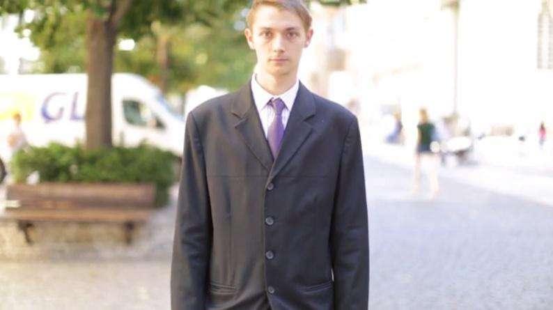 f1e69f050b Perfektně padnoucí oblek